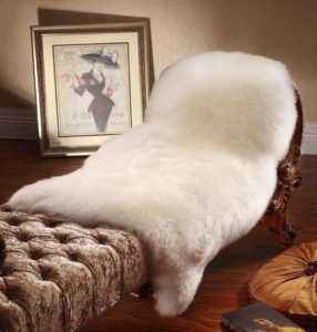 How to wash a sheepskin yourself