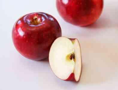 Red varieties of apples: the best varieties