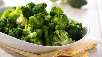 The benefits and harms of broccoli