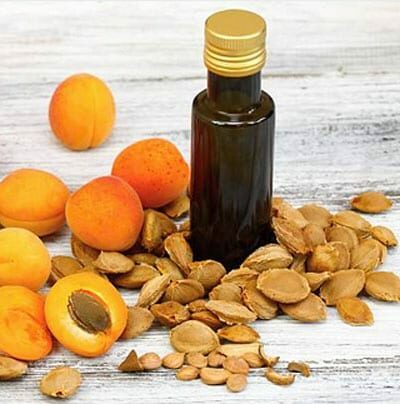 Apricot kernel oil, Calories, benefits and harms, Useful properties