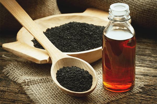 Black cumin oil, Calories, benefits and harms, Useful properties