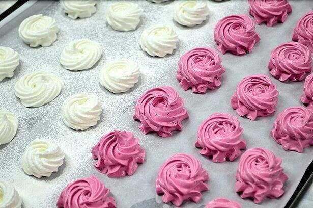 Marshmallow benefits, properties, calorie content, useful properties and harm