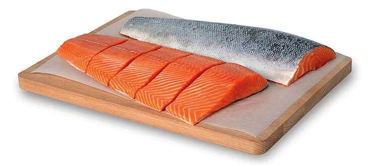 Pink salmon, Calories, benefits and harms, Useful properties