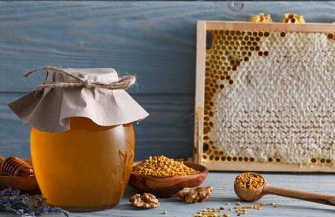 Miele d'api naturale: i suoi benefici e possibili danni