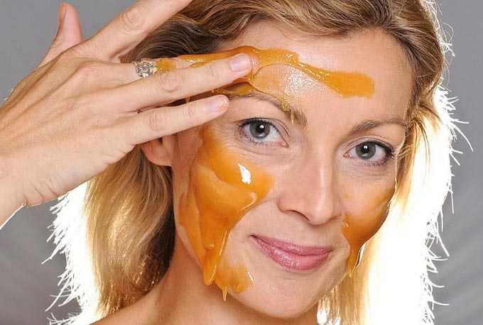 外部蜂蜜-肌の色を改善し、しわを取り除き、髪を強化します