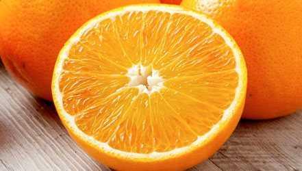 オレンジの利点、特性、カロリー量、有用な特性と害