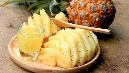 パイナップルの利点、特性、カロリー含有量、有用な特性および害