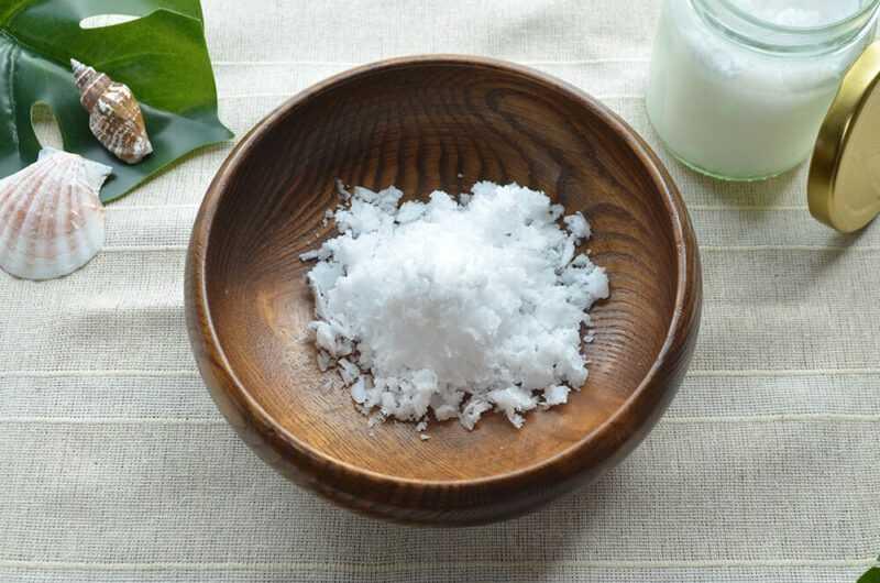 ココナッツオイル、カロリー、利点と害、有用な特性