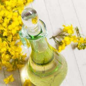 マスタードオイル、カロリー、利点と害、有用な特性