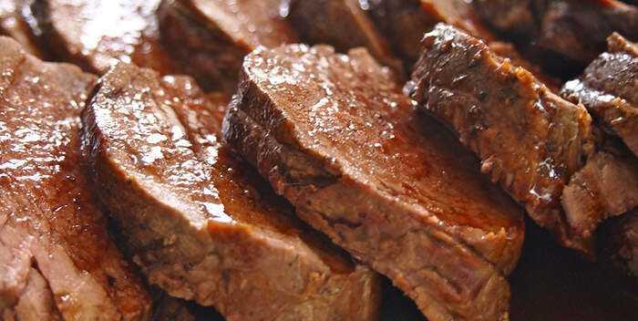 牛肉、カロリー、利点と害、利点