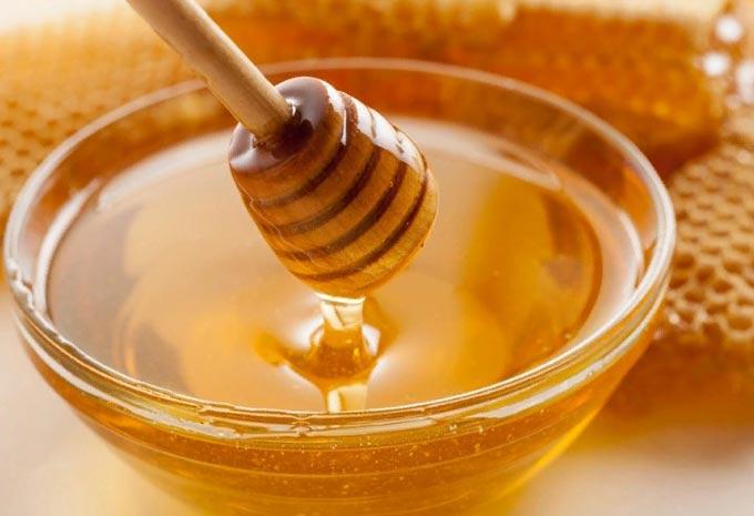 습진에 프로 폴리스와 꿀 사용